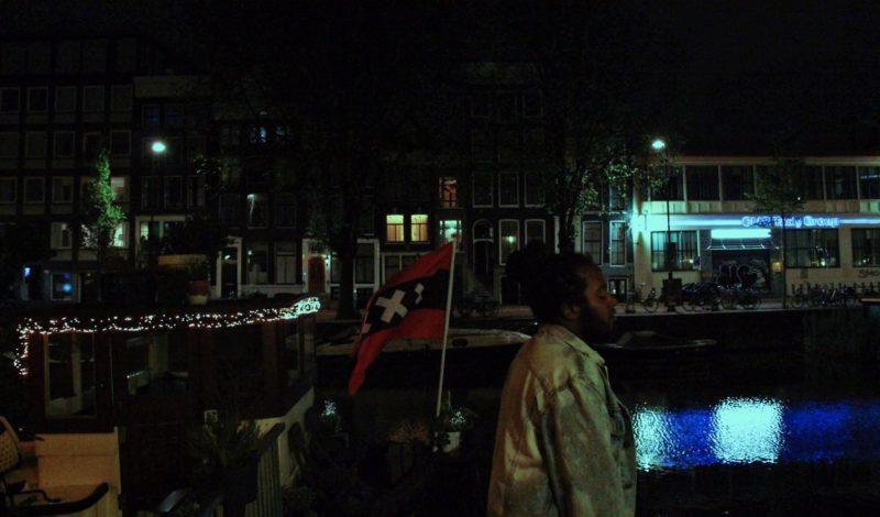 """Amsterdamse liefde: 'Tongen na het kotsen en stompen na het morsen, wetend we hebben allemaal zorgen."""""""