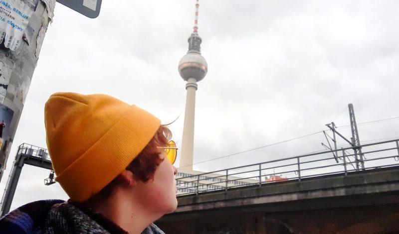 """Liefs uit Berlijn: """"Ik raak verwikkeld in een langdurige affaire met de Fernsehturm op het Alexanderplein"""""""