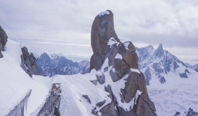 """Op de Mount Everest liggen tweehonderd lichamen die als wegmarkeringen fungeren: """"Er zijn nog steeds mensen die je naam fluisteren"""""""
